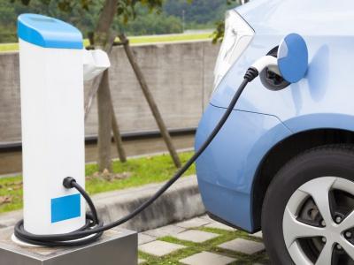 Ako je to s ultrarýchlym nabíjaním elektromobilov