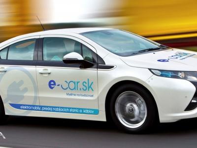 Blízka budúcnosť je stále v Plug-in hybridných automobiloch