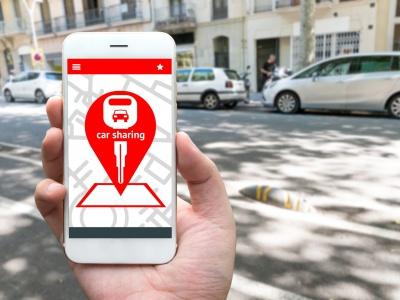 Zdieľanie elektromobilov môže pomôcť riešiť zápchu v meste