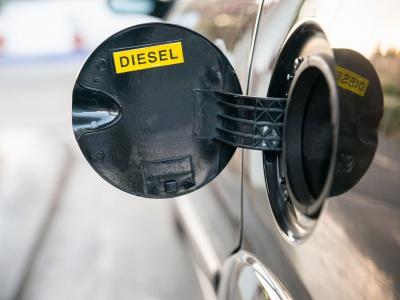 Skončia automobilky s výrobou spaľovacích motorov?